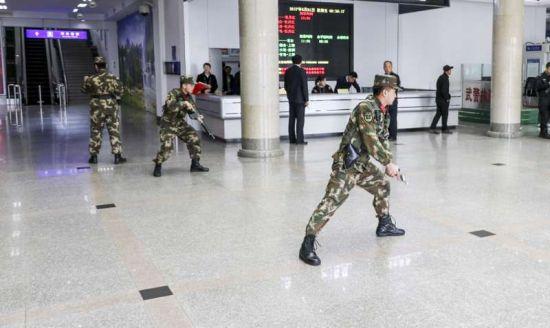 牡丹江机场开展可疑爆炸物应急处置演练