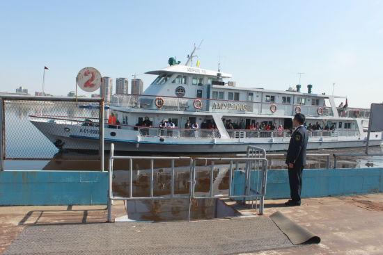 """此次""""中国旅游日"""" 期间,黑河大岛海事部门早作准备,使黑河口岸以完美"""